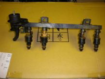 peugeot 205 1.9 1900 gti yellow injectors and rail
